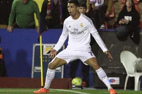 Cristiano Ronaldo Pahlawan Real Madrid