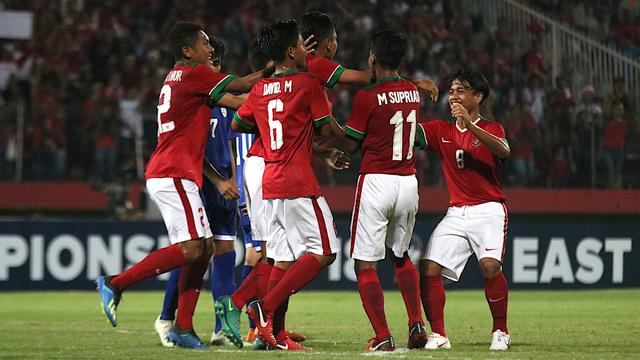 timnas-indonesia-awali-debut-pertandingan-piala-aff-lumat-filipina