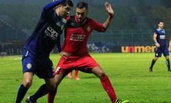 Prediksi Skor Semen Padang vs Arema 21 Juli 2017 | Agen Judi Sbobet